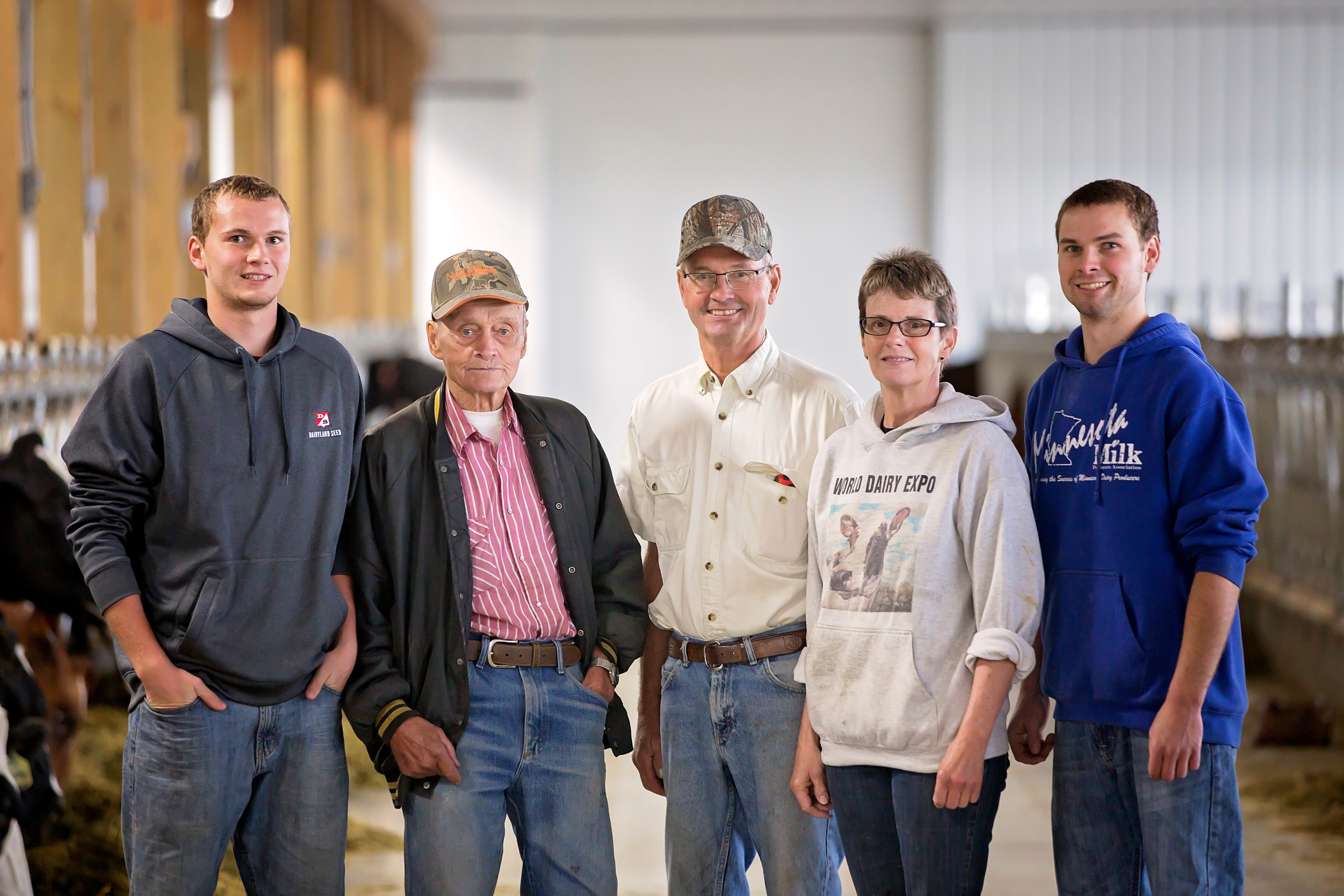 The Hansons chose to join the ranks of dairy automation and have built a new, free-stall barn that boasts two Lely Astronaut A4 automated milking systems, a Lely Vector, three Lely Luna cow brushes and the Lely dairy herd management software, T4C (Time for Cows).