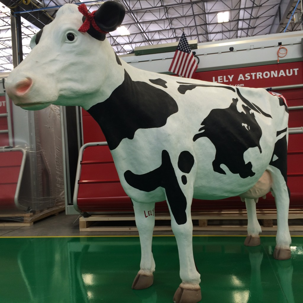 Lely Memorial Day Cow