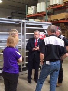 Iowa Governor Terry Branstad touring Lely facilities