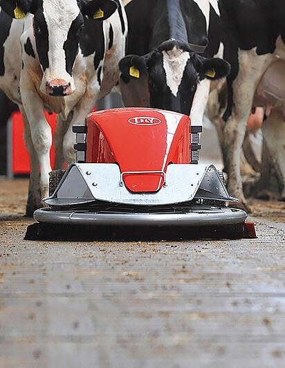 Lely Discovery mobile barn cleaner