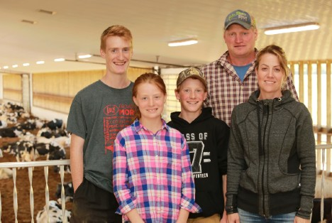 Holmdale Farms is a member of the Red Cow Community, reserved for large herd dairies with 8 or more Lely robots in the barn