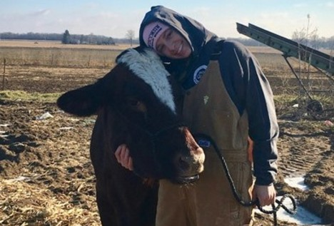Rachel O'Leary with dairy cow