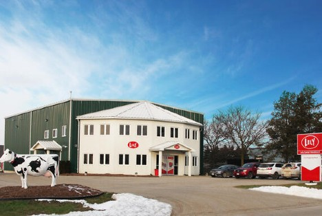 Lely Center Woodstock has an excellent facility in Woodstock, Ontario, and is built to serve local dairy producers.